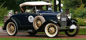 Ford Model A (1927–31) - Image: Ford A de Luxe Roadster blue vrd