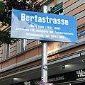 Foto des nach B. Rahm benannten Strassenschildes in Zürich 3.jpg