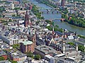 Frankfurt-Altstadt-mit-Dom-Roemer-Projekt-mit-Main-und-Bruecken-2018-Ffm-10037.jpg