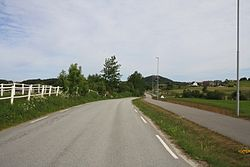 Fylkesvei 329 Bærheimsveien ved Sola Golfklubb.JPG