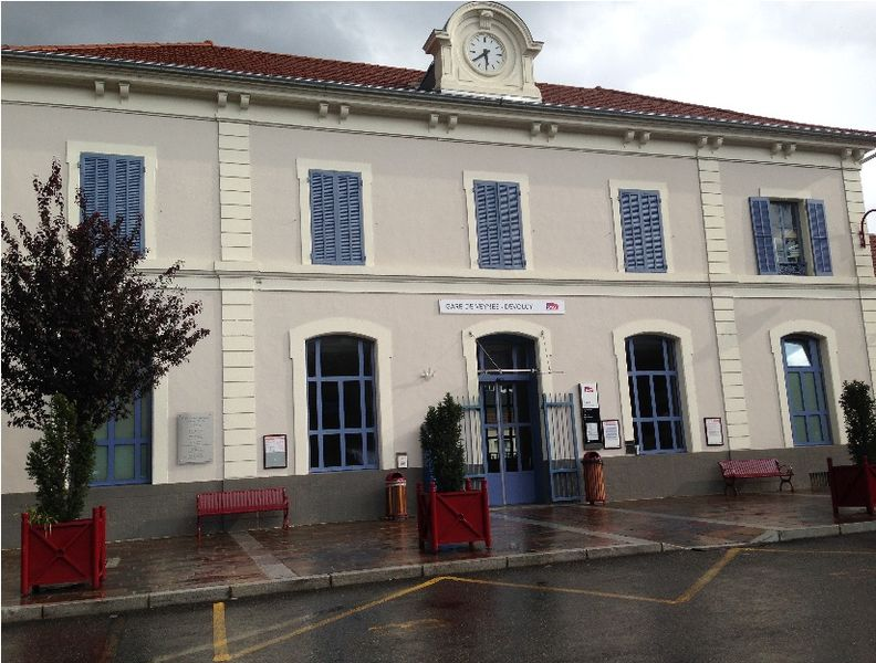 Gare de Veynes-Dévoluy-2015