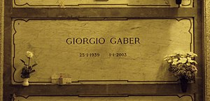 Giorgio Gaber - Gaber's grave at the Monumental Cemetery of Milan, Italy.