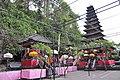 Goa Lawah Temple (17058392895).jpg