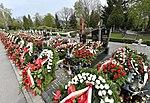 Groby ofiar katastrofy smoleńskiej Powązki Wojskowe 2017.jpg