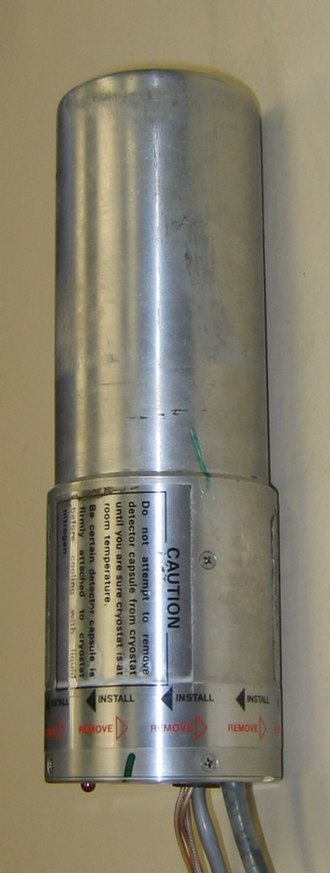 Semiconductor detector - High-purity germanium detector (disconnected from liquid nitrogen dewar)