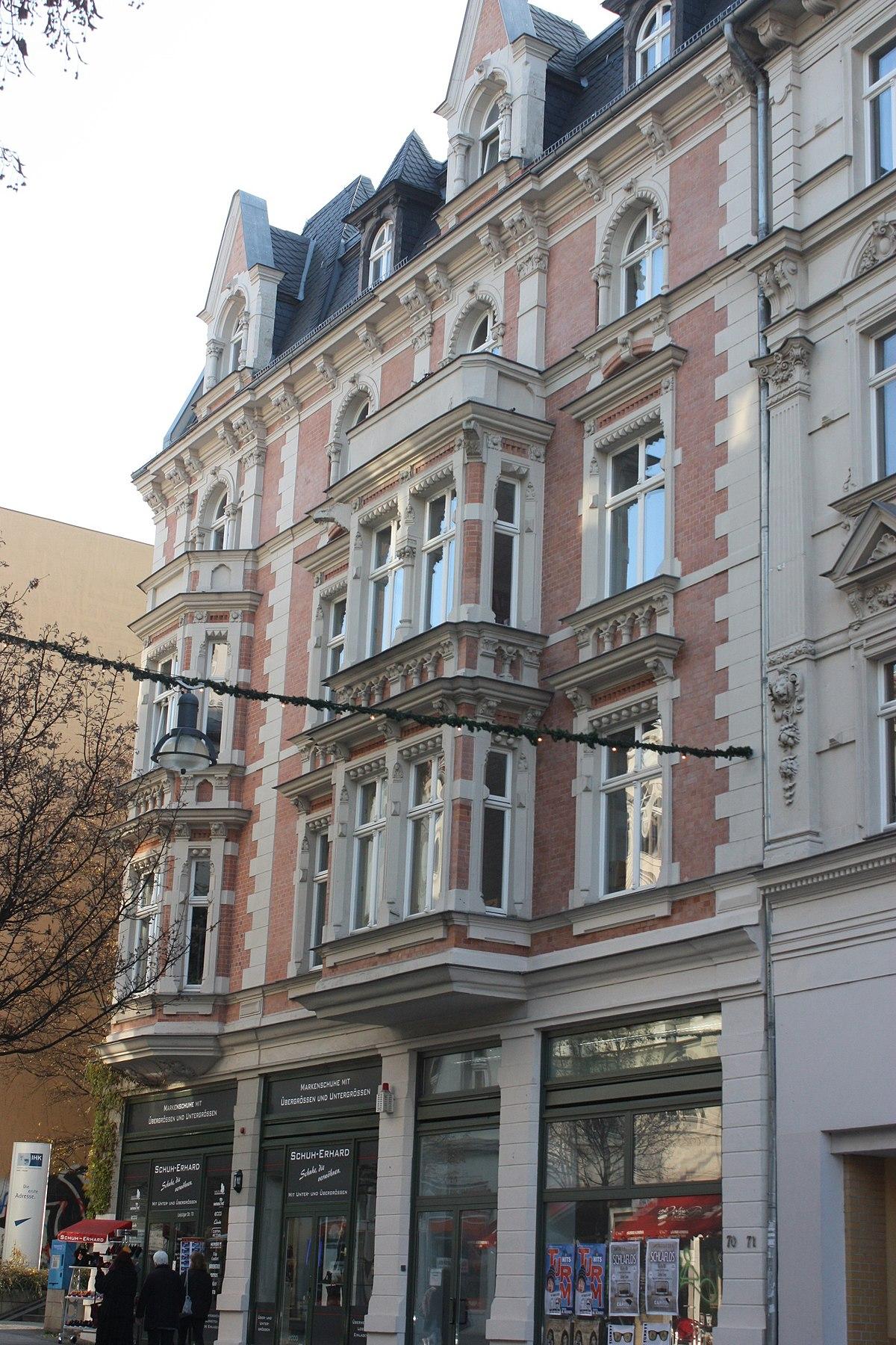 Haus Mieten Halle Saale : datei halle saale haus leipziger stra e 70 jpg wikipedia ~ Watch28wear.com Haus und Dekorationen