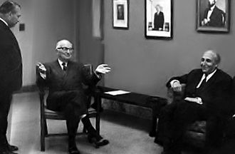 Osman Bölükbaşı - Harry S. Truman meets with Osman Bölükbaşı in Washington, DC (April 12, 1949).