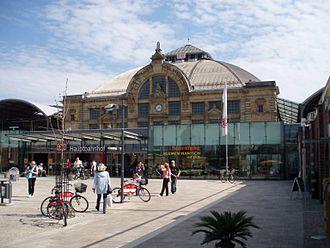 Halle–Cottbus railway - Halle (Saale) Hauptbahnhof