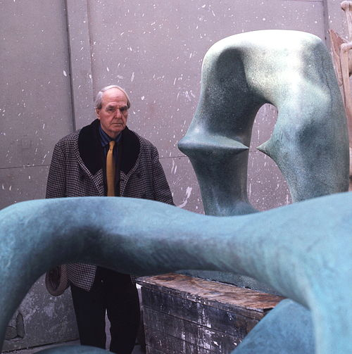Henry moore in workshop allan warren