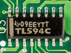 Hewlett-Packard JetDirect 170X - board - Texas Instruments TL594C-2509.jpg