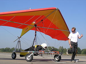 The kite hang glider is readying for being a k...