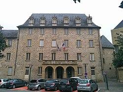 Hotel de ville de Brive-la-Gaillarde.jpg