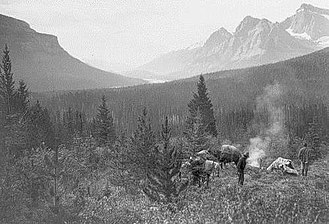 Howse Pass - A camp in the Howse Pass in 1902