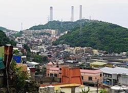 Huohao Mountain in Zhongshan District, Keelung 20120526.jpg