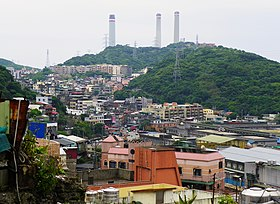 Huohao Mountain in Zhongshan District, Keelung 20120526.jpg