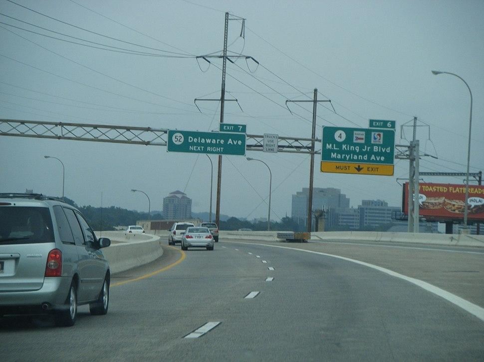 I-95-US 202 NB at DE 4 exit