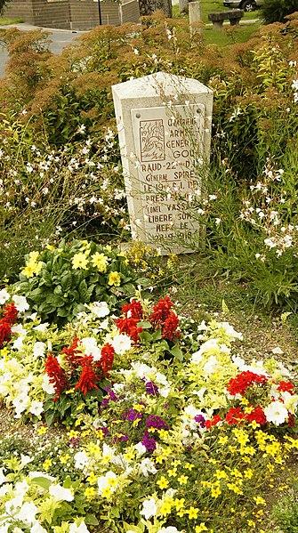 Monument en mémoire de la libération de la ville de Sommepy-Tahure par la IV armée du général Gouraud, de la 22 division d'infanterie du général Spire, du 19 régiment d'infanterie du lt-Col Vassal le 28 IX 1918.