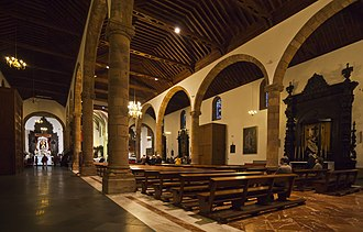 Iglesia de la Concepción (San Cristóbal de La Laguna) - Image: Iglesia de la Inmaculada Concepción, San Cristóbal de La Laguna, Tenerife, España, 2012 12 15, DD 09