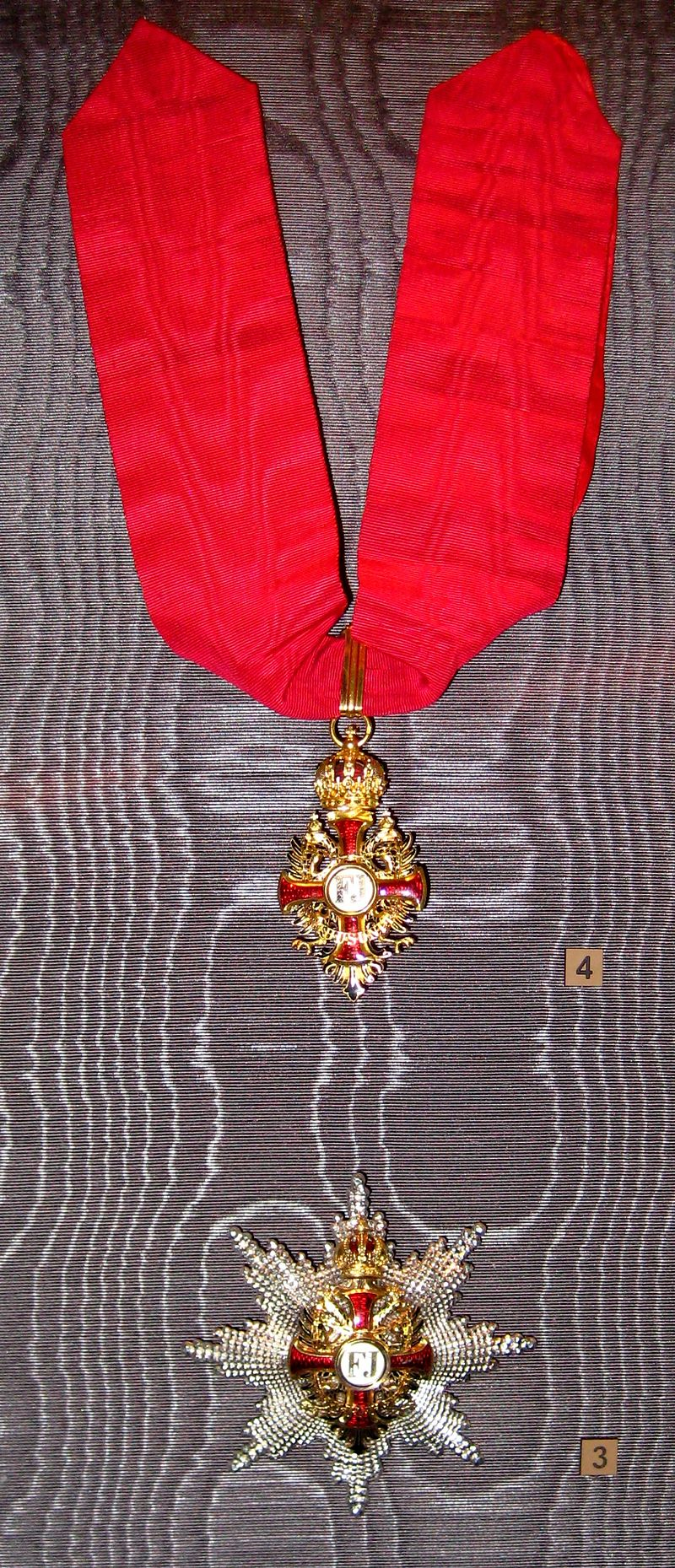 Imperial Order of Franz Joseph (Russia).jpg