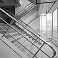 Interieur, trappenhuis met dubbele trappen - Rotterdam - 20002784 - RCE.jpg
