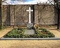 Invalidenfriedhof, Grabstätte Schwestern-Augusta-Hospital.jpg