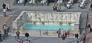 Italia, Siena, Fontana di piazza del Campo, da...
