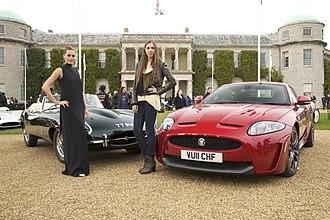 Yasmin Le Bon - Image: Jaguar E Type & XKR S Goodwood Festival of Speed (5871734077)