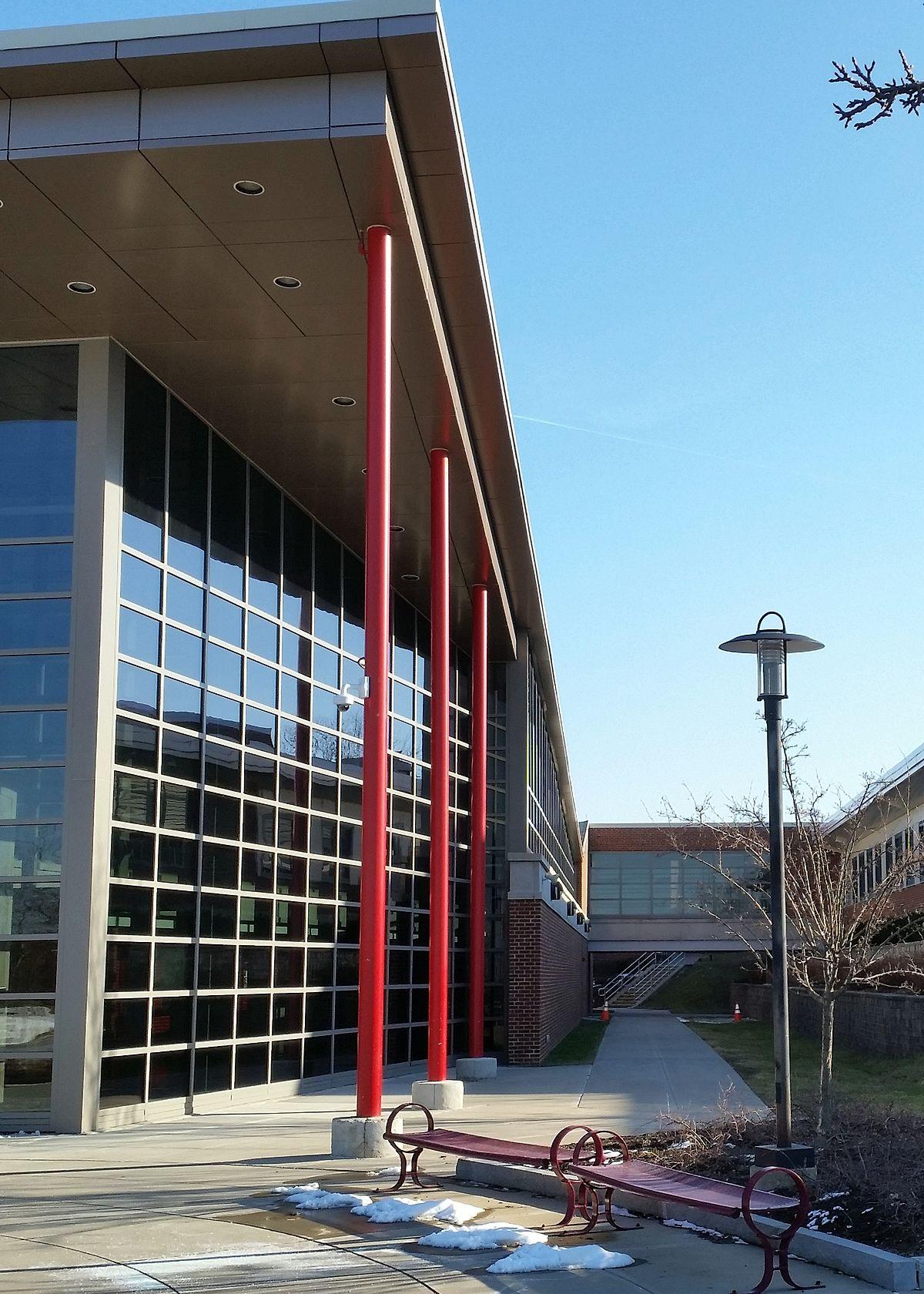 Jamesville-DeWitt High School - Wikipedia