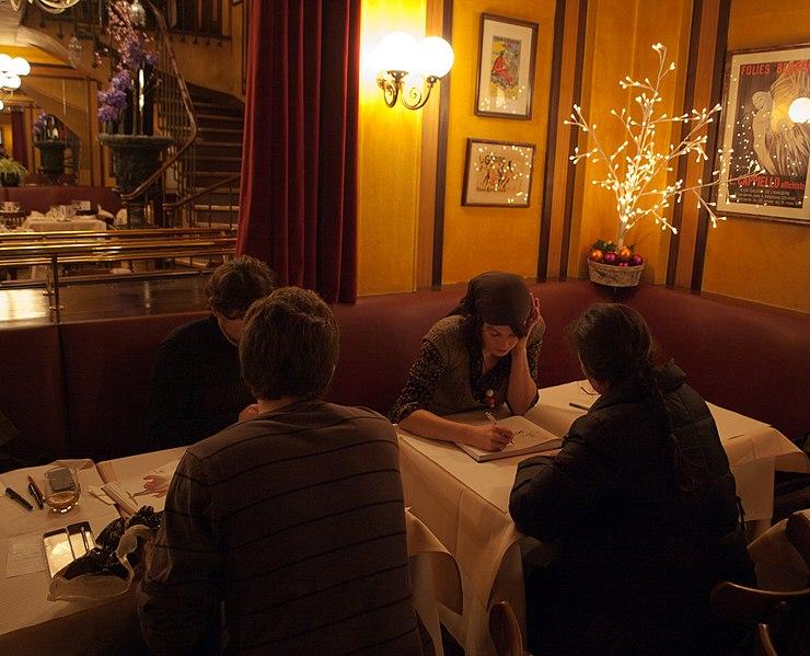 Cafe Du Commerce Sainte Cecile Les Vignes Avis