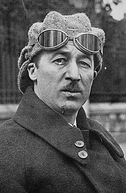 Jules Goux in his Peugeot 1924 (cropped).jpg