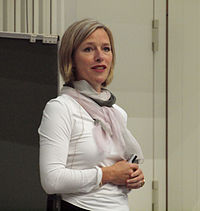 Julia Fischer (German Biologist).jpg