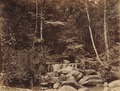 KITLV 92132 - Unknown - Waterfall at Coonoor in India - Around 1870.tif