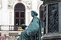 Kaiser Franz-Denkmal Hofburg Wien 2015 Sitzfiguren Stärke Gerechtigkeit 4.jpg