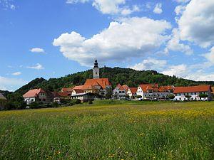 Kamnica, Maribor - Image: Kamnica maja 2013