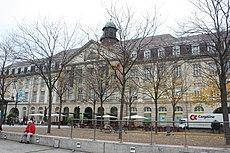 Karlsruhe, Geschäftshaus am Stephanplatz.JPG