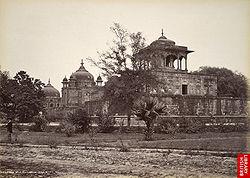 Khusru Bagh, Allahabad, 1870s.jpg
