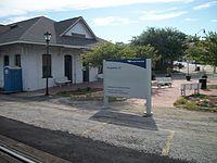 Kingstree SC Amtrak Station; Newer Sign.JPG