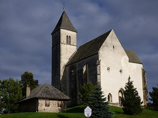 Kirche Magdalensberg Abendsonne