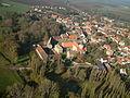 Kloster Gröningen mit Romanikkirche.JPG