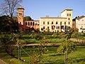 Krongut Bornstedt mit Gartenanlage.jpg