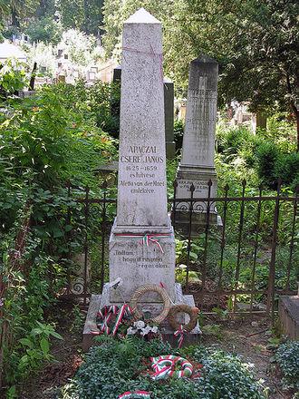 János Apáczai Csere - The tomb of Apáczai in Cluj-Napoca's Hajongard cemetery
