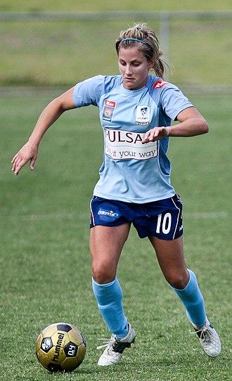 Kylie Ledbrook - Ledbrook playing for Sydney FC