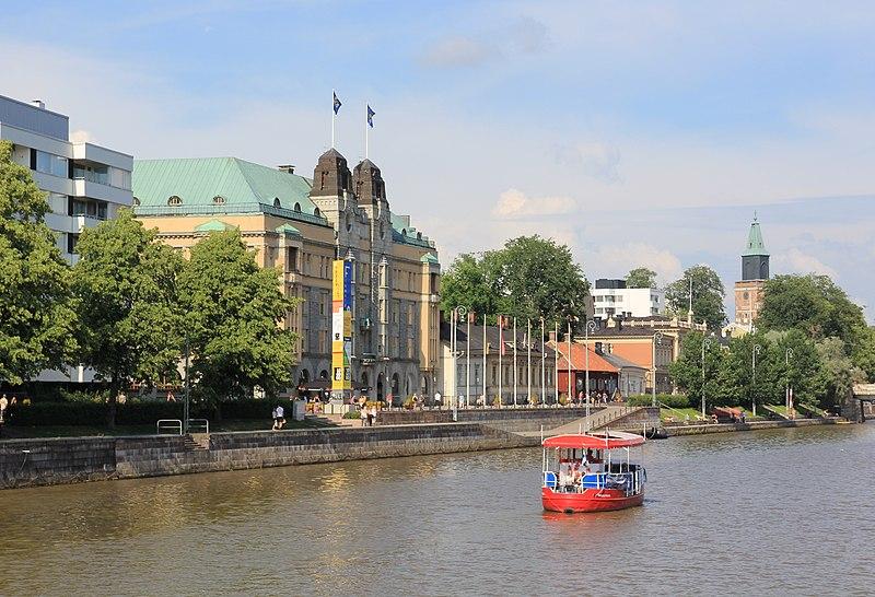 Cidades nos arredores de Helsinque