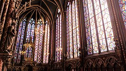 La-Sainte-Chapelle-interior