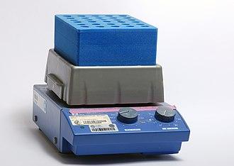 Shaker (laboratory) - Image: Laboratory thermoshaker for test tubes 01