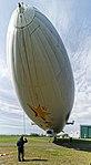 Landung des Zeppelin DLZFN auf dem Flugfeld Friedrichshafen. 03.jpg