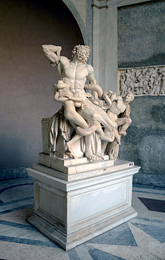 Laocoon group, lateral view.jpg