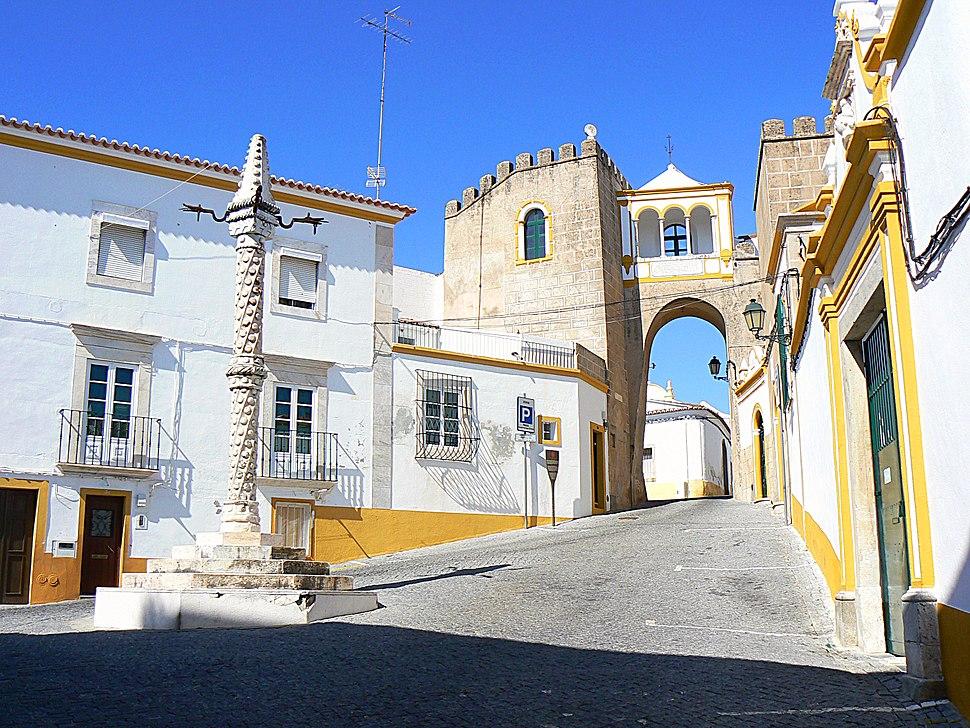 Largo de Santa Clara - Elvas