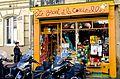 Le Geant et la Coccinelle, Paris May 2014.jpg