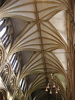 Lincoln cathedral 13 Nave vault.jpg
